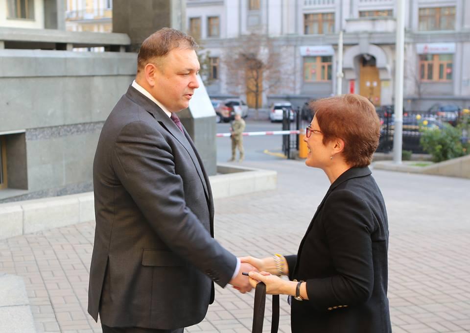 Станіслав Шевчук і Марі Йованович Фото: facebook.com/stanislav.shevchuk