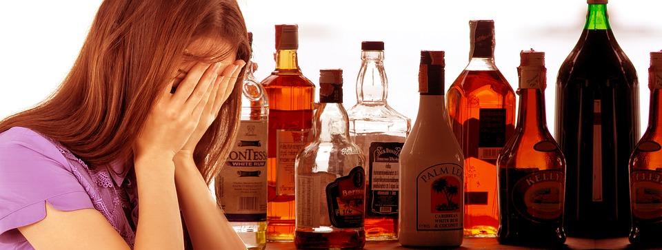 Алкоголь є депресантом. Фото з відкритих джерел