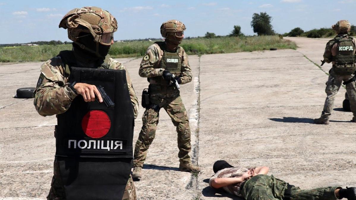 Правоохранительные органы Украины. Фото: Национальная полиция Украина / Facebook