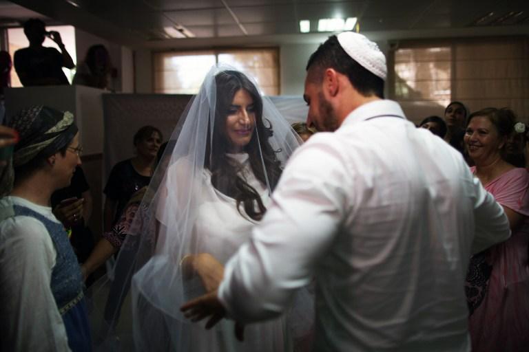 Свадьба в бомбоубежище