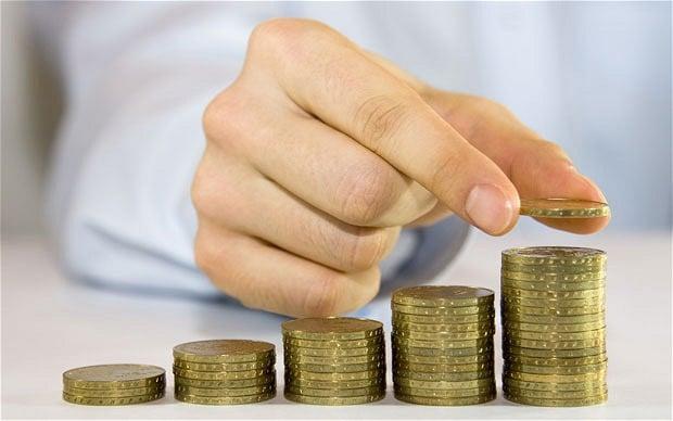 Экономический кризис и инфляция угрожают пенсионным накопительным вкладам украинцев. Фото telegraph.co.uk