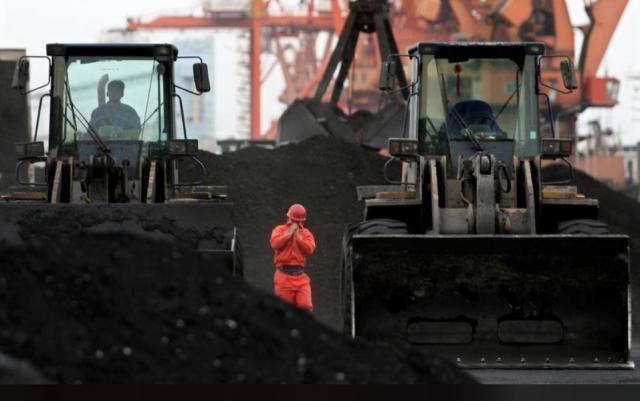 КНДР постачає вугілля в Південну Корею таЯпонію через російські порти,— ЗМІ