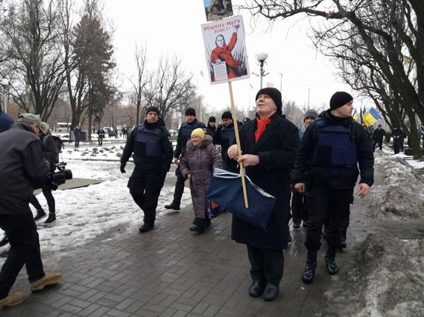 ВЗапорожье нацисты сорвали акцию кгодовщине окончания Сталинградской битвы
