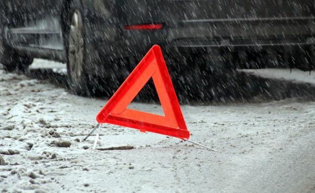 ВБелой Церкви девушка на Peugeot (Пежо)  сбила сразу 2-х  пешеходов