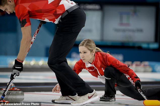 Фото: Сборная Канады по керлингу получила «золото» в дабл-миксте