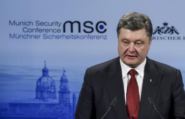 Унаших інтересах протистояти спробам Росії знищити нашу єдність— Порошенко вМюнхені