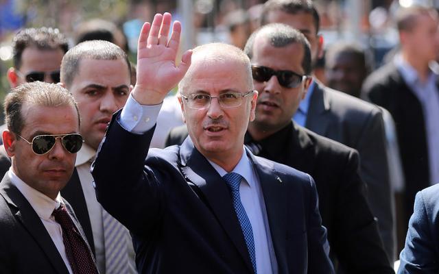 ВГазе произошел взрыв около кортежа палестинского премьера, есть пострадавшие