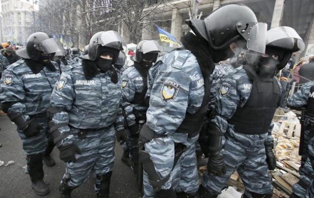 Суд избирает меру пресечения активисту Евромайдана Ивану Бубенчику (трансляция завершена)— Киев