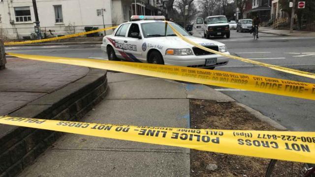Вканадском Торонто неизвестные устроили беспощадное нападение напрохожих
