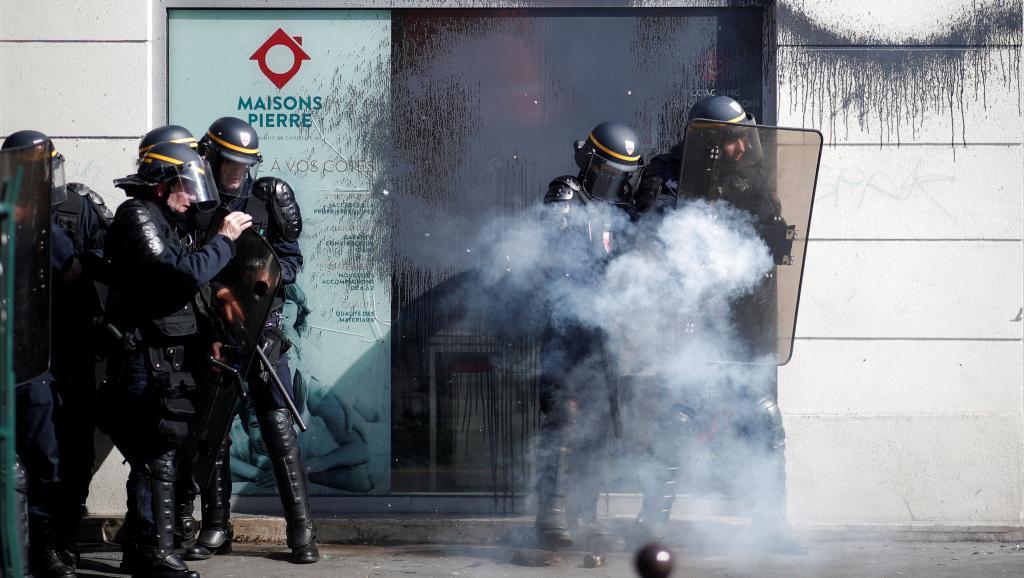 Напарижской акции против перемен Макрона произошли столкновения