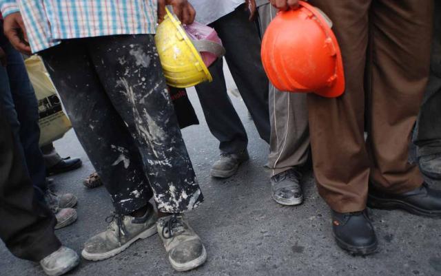 Трудова міграція: експерти розповіли, скільки українських заробітчан працюють закордоном