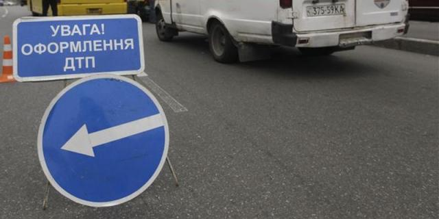Гройсман: вгосударстве Украина вДТП ежедневно гибнут 11 человек