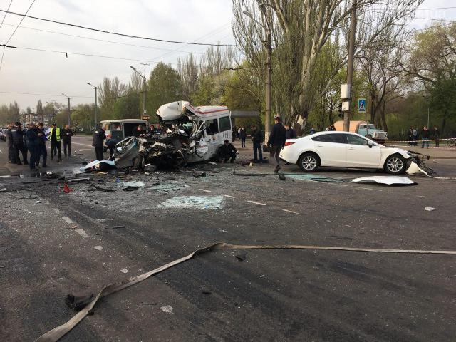 Кількість жертв страшної ДТП уКривому Розі зросла до11 осіб