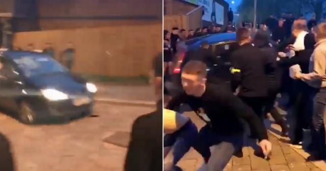 ВУэльсе шофёр налегковушке протаранил толпу людей