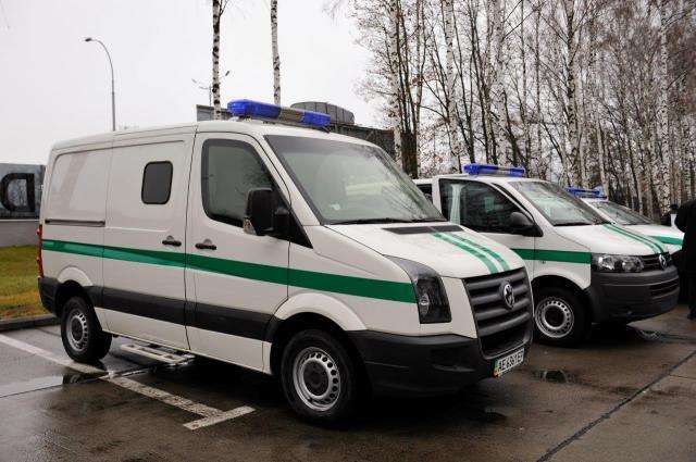 ДТП уКиєві: інкасаторська машина перекинулася надах, шестеро постраждалих (ФОТО, ВІДЕО)