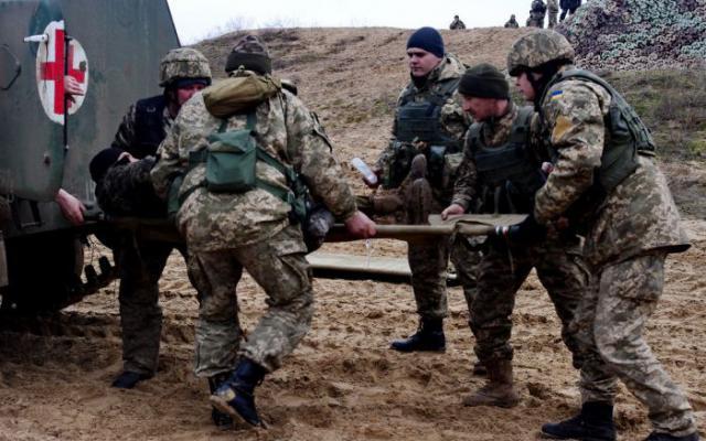 НаЗакарпатье столкнулись две боевые машины, травмы получили четверо военных
