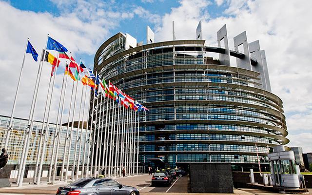 Комитет Европарламента одобрил выделение Украине 1млрдевро макрофинансовой помощи