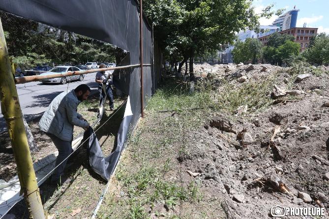 У столиці Вірменії активісти захопили мерію