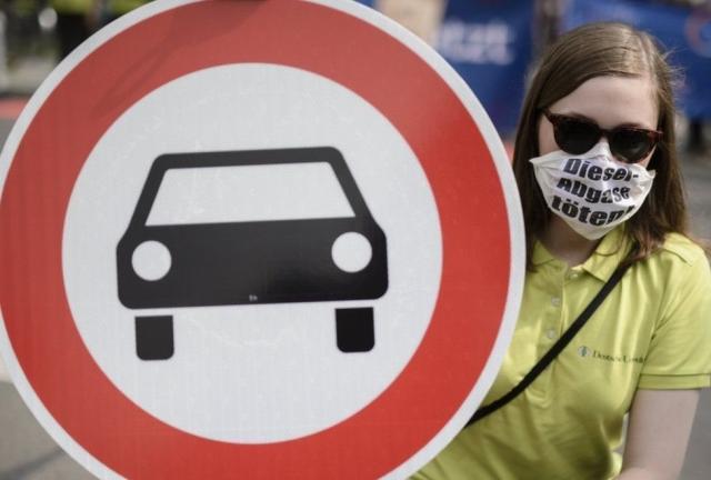 У Німеччині для дизельних авто вже закрили дві ділянки дороги