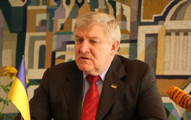 Экс-глава Минобороны Украины стал беженцем в Белоруссии