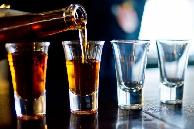 Відсьогодні в Україні подорожчав увесь алкоголь: перший етап