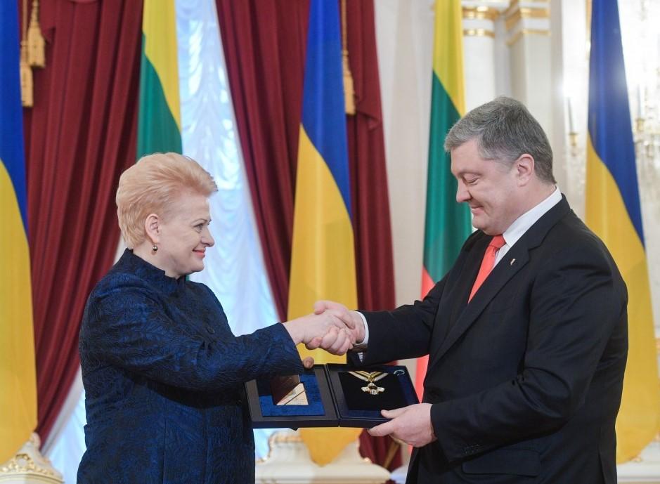 Нагородження Грибаускайте орденом Свободи. Фото: president.gov.ua