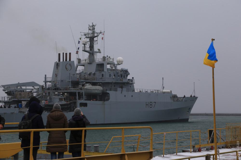 Корабль ВМС Великобритании HMS Echo пришвартовался в порту Одессы, фото-2