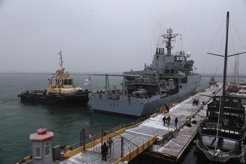 Корабль ВМС Великобритании HMS Echo пришвартовался в порту Одессы, фото-3