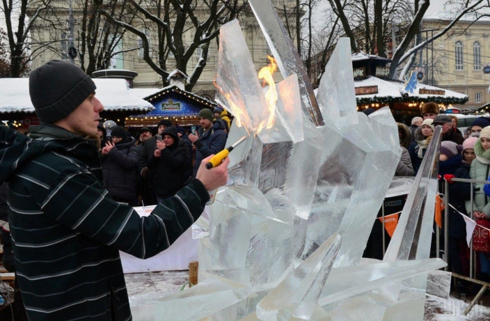 Фестиваль ледовых скульптур во Львове