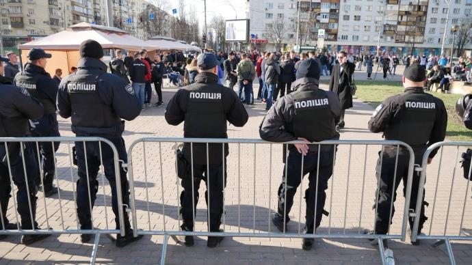 Ситуація біля ЦВК, фото: Ельдар Сарахман