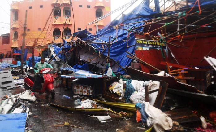 Картинки по запросу циклон «Ð¤Ð°Ð½Ð¸»