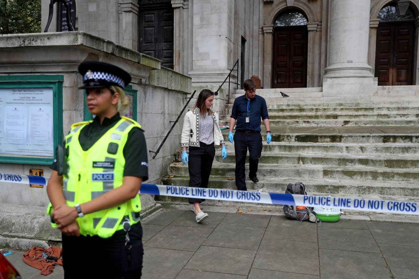 У Лондоні біля будівлі МВС стався збройний напад. Фото: Evening Standard