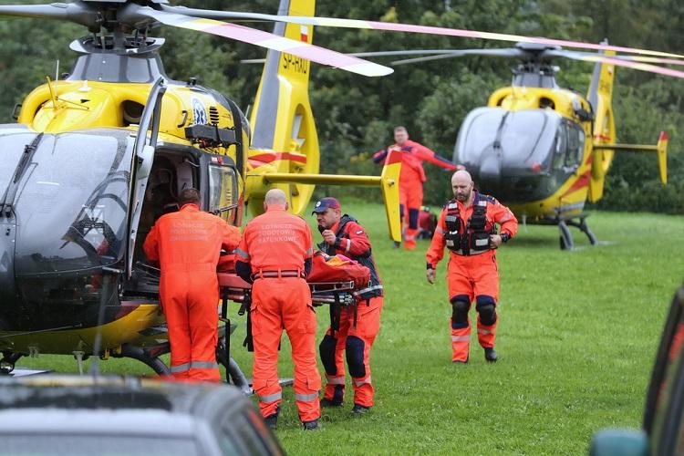 Удар блискавки призвів до загибелі чотирьох туристів у польських Татрах, ще 22 поранені. Фото: RMF24