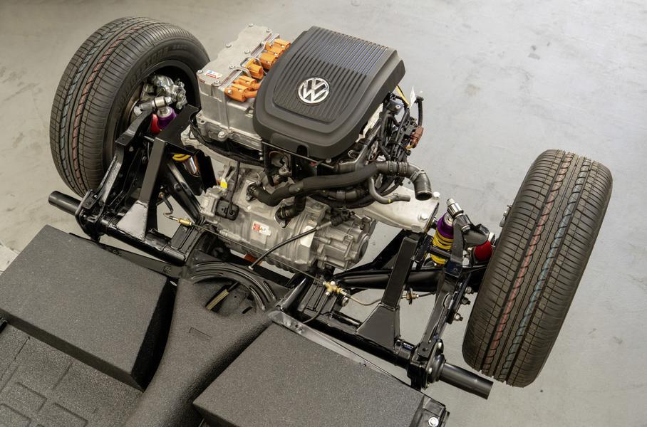 Volkswagen представила электрическую версию классического'Жука