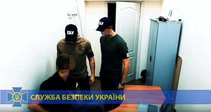 На Дніпропетровщині викрили хакерів, які створювали небезпечні програми на замовлення Росії. Фото: СБУ