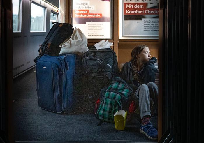 Двигалась втамбуре: Грете Тунберг нехватило места в германском поезде