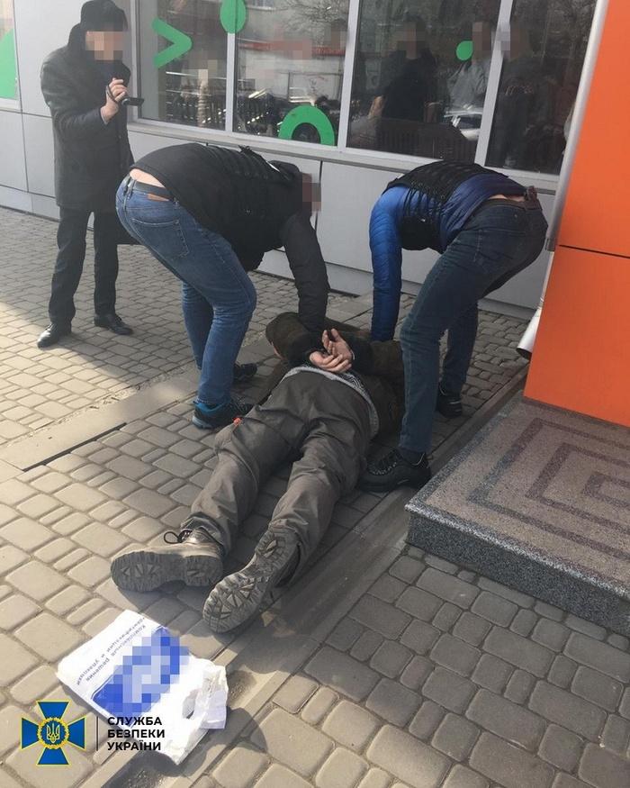 Затримання замовника вбивства. Фото: СБУ