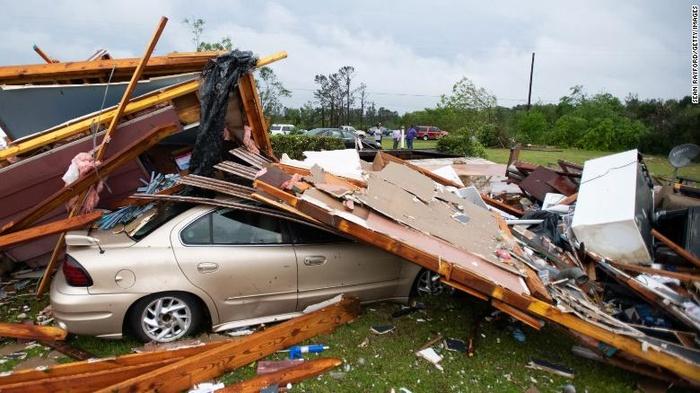 Торнадо в США. Фото: CNN