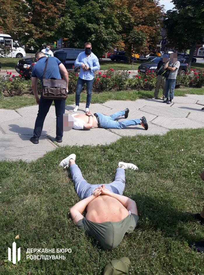 Задержание на взятке. Фото: ГБР