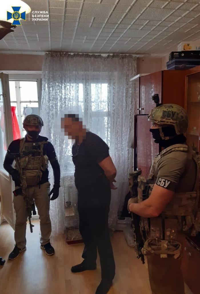 Задержан подозреваемый в организации поджога авто журналистки Галины Терещук во Львове, фото: СБУ