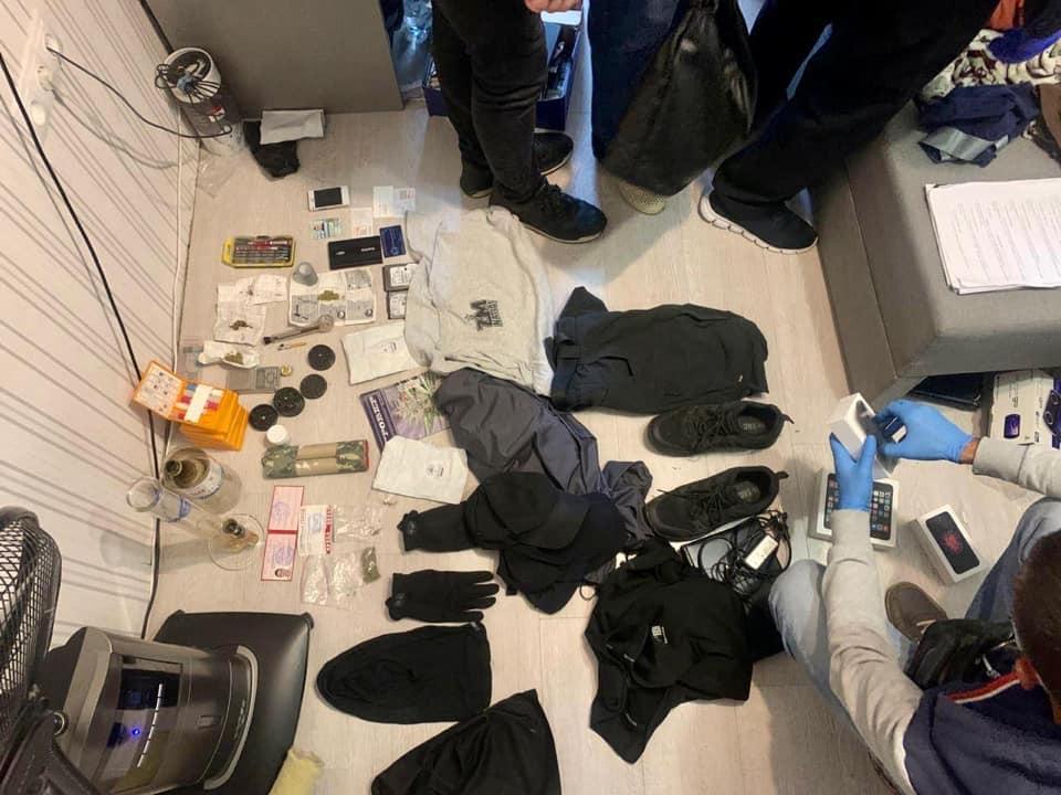 Вероятные доказательства вины подозреваемого. Фото: Пресс-служба полиции