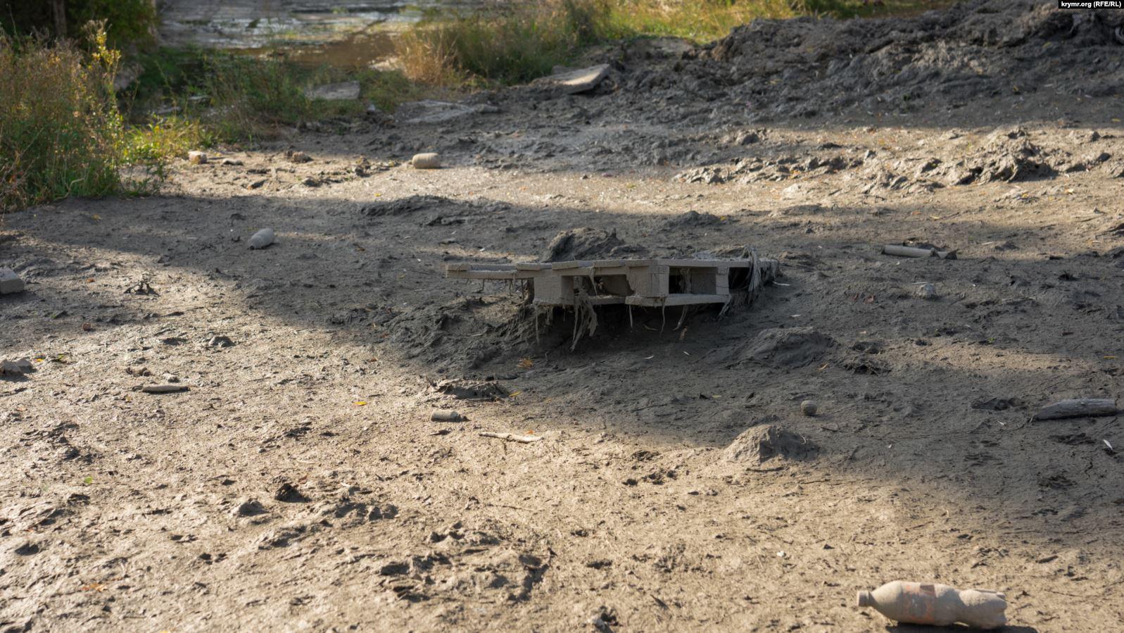 Загрязнение Салгира. Фото: Крым.Реалии
