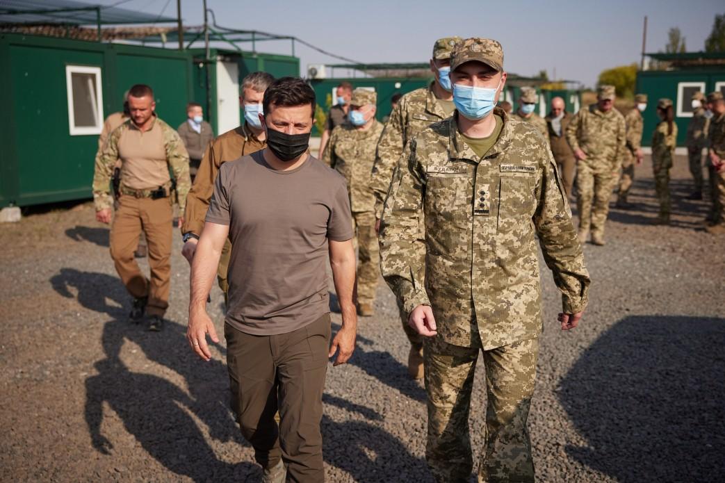 Визит Зеленского в лагерь. Фото: пресс-служба ОП