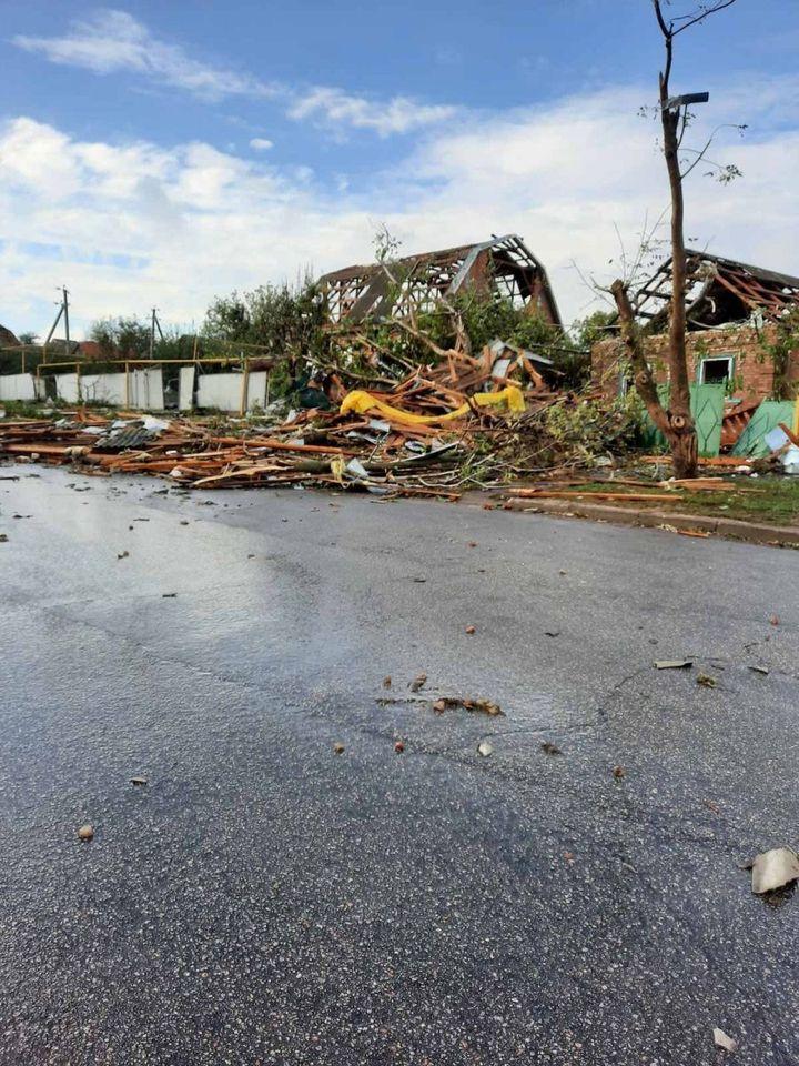 Стихия принесла разрушения в Николаевскую область, фото: МВД