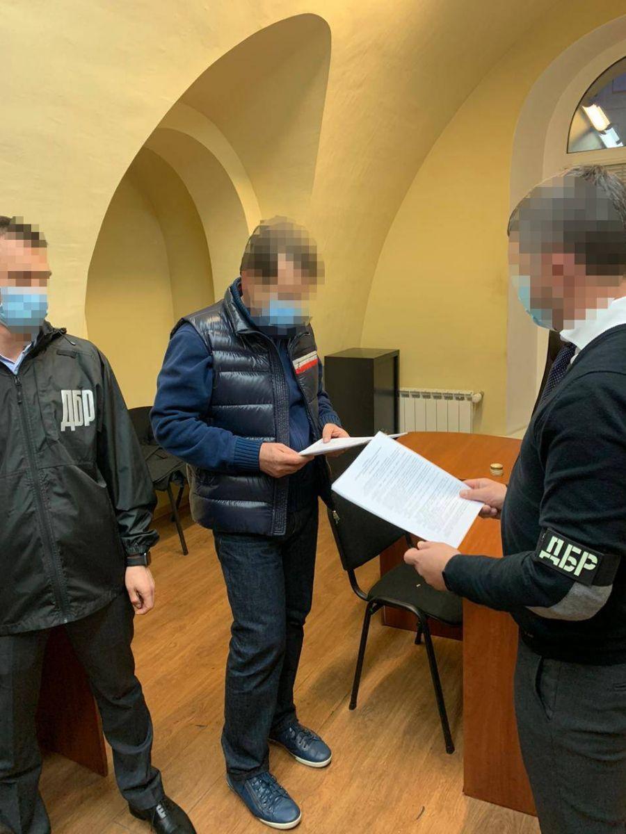 Задержание топ-менеджера. Фото: пресс-служба Офиса генпрокурора