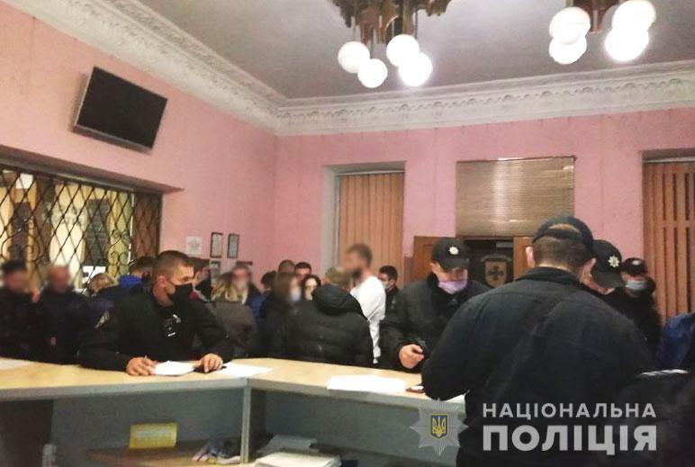 Агитаторы. Фото: пресс-служба МВД