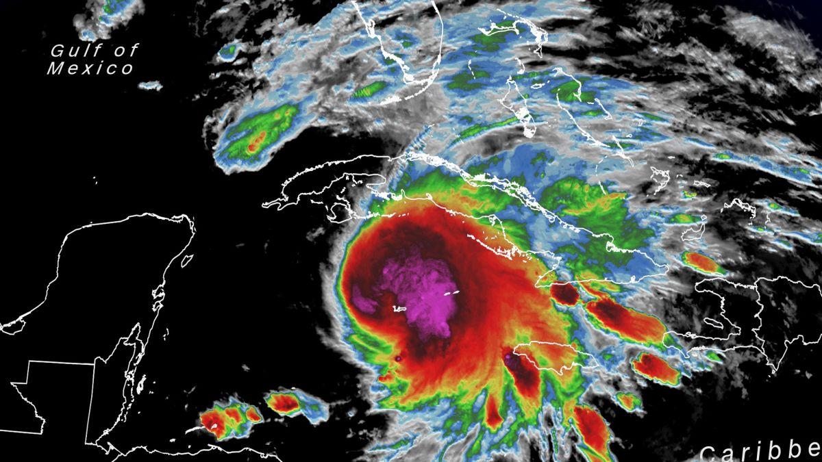 Карта тропічного шторму. Фото: BBC