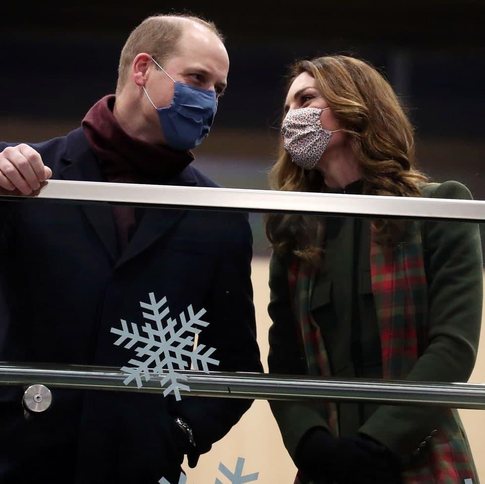 Принц Уильям и Кейт Миддлтон отправились в рождественский'коронавирусный тур