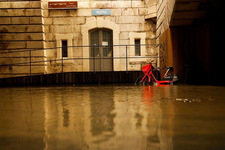 Наводнение в Париже. Фото: Le Parisien
