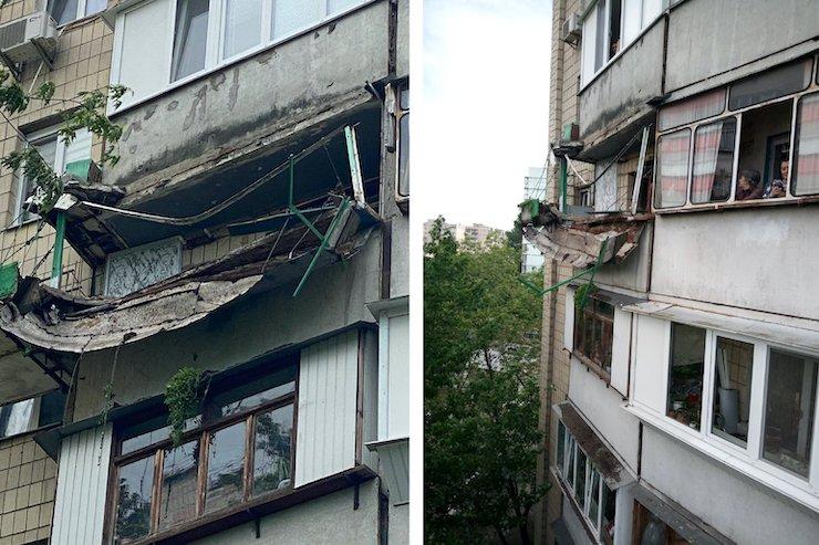 В Киеве упал балкон, на котором обустроили огород под клубнику. Фото: ГСЧС